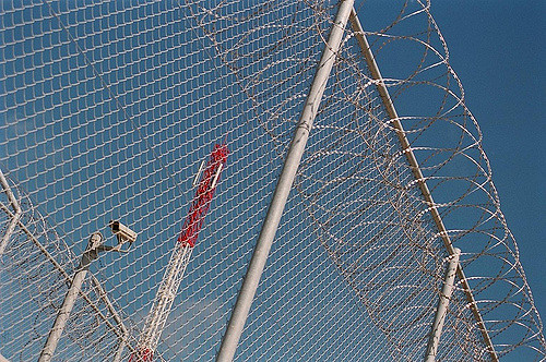 Spain: Report on immigration detention in 2017