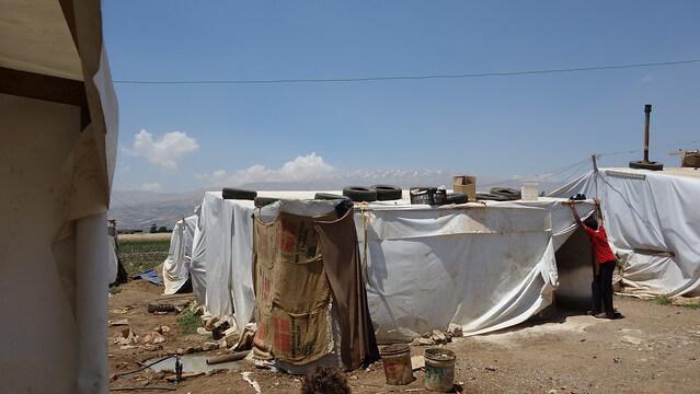 Lebanon: Deportations of Syrian Refugees Despite Warnings